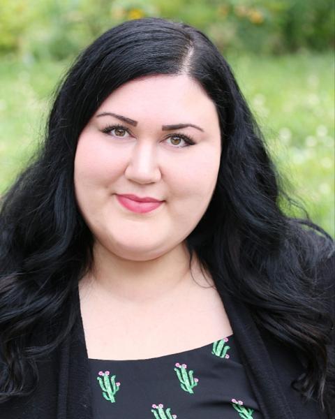 Sarah Poulin Agent Photo