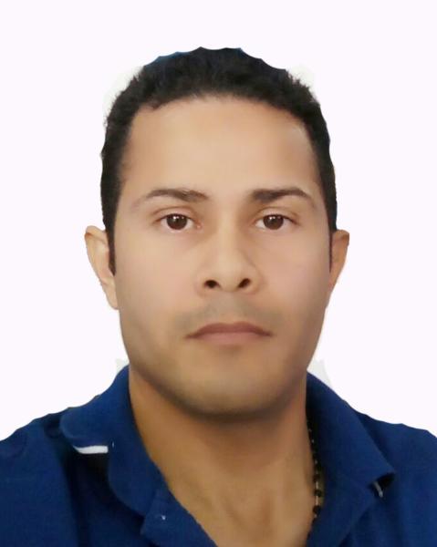 Moises Medina Agent Photo