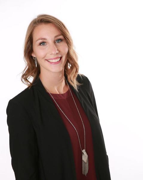Emily Jones Agent Photo