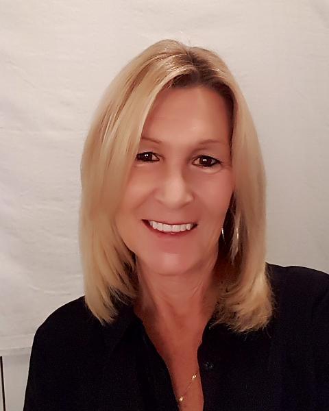 Denise Desilets Agent Photo