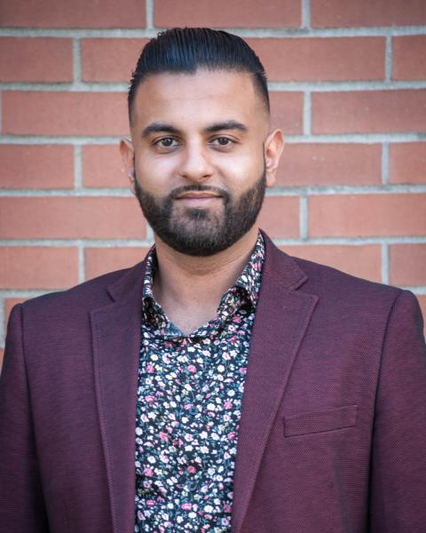 Paul Dhillon Agent Photo