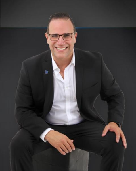 Eduardo Irizarry Agent Photo
