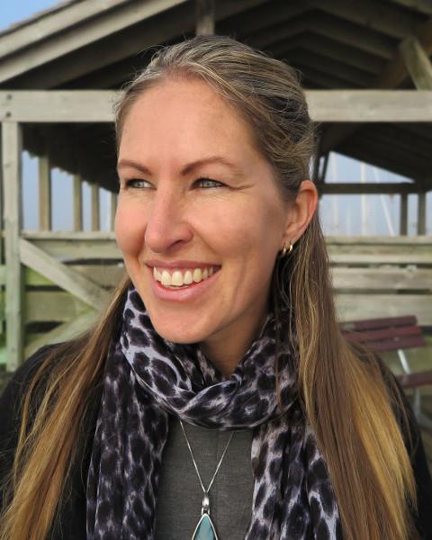 Amanda Van Delft Agent Photo