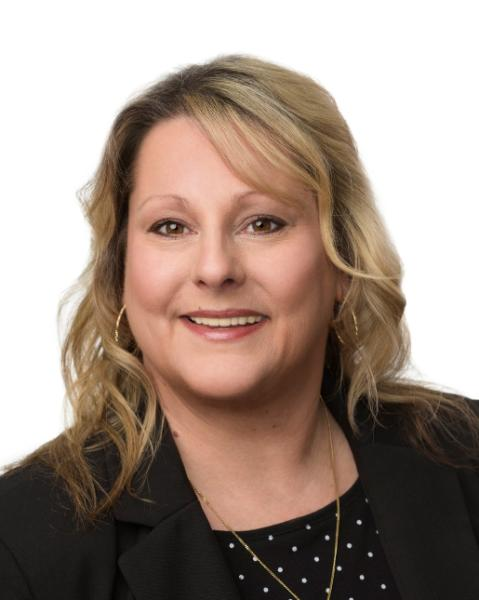 Lori Newstead Agent Photo